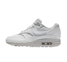 the best attitude 094d1 5bdd7 Nike Womens Air Max 1 LX Pure Platinum