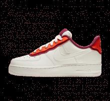 Nike Women's Air Force 1 '07 SE Sail/Team Orange-True Berry
