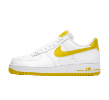 the best attitude 52a1d b3e2f Nike Women s Air Force 1  07 White Bright Citron