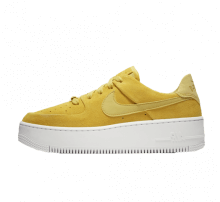 Nike Women's Air Force 1 Sage Low Celery/White