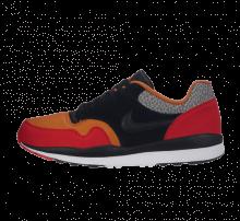 Nike Air Safari SE SP19 University Red/Black Monarch/Cobblestone