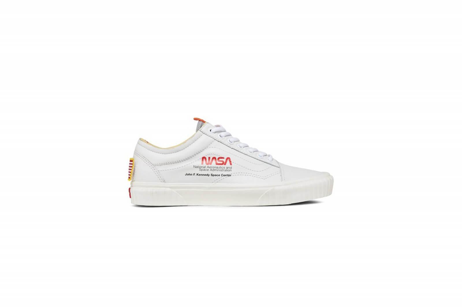 611e488c14 Vans Nasa Old Skool X Space Vn0a38g1up91 Voyager White rrqw6g