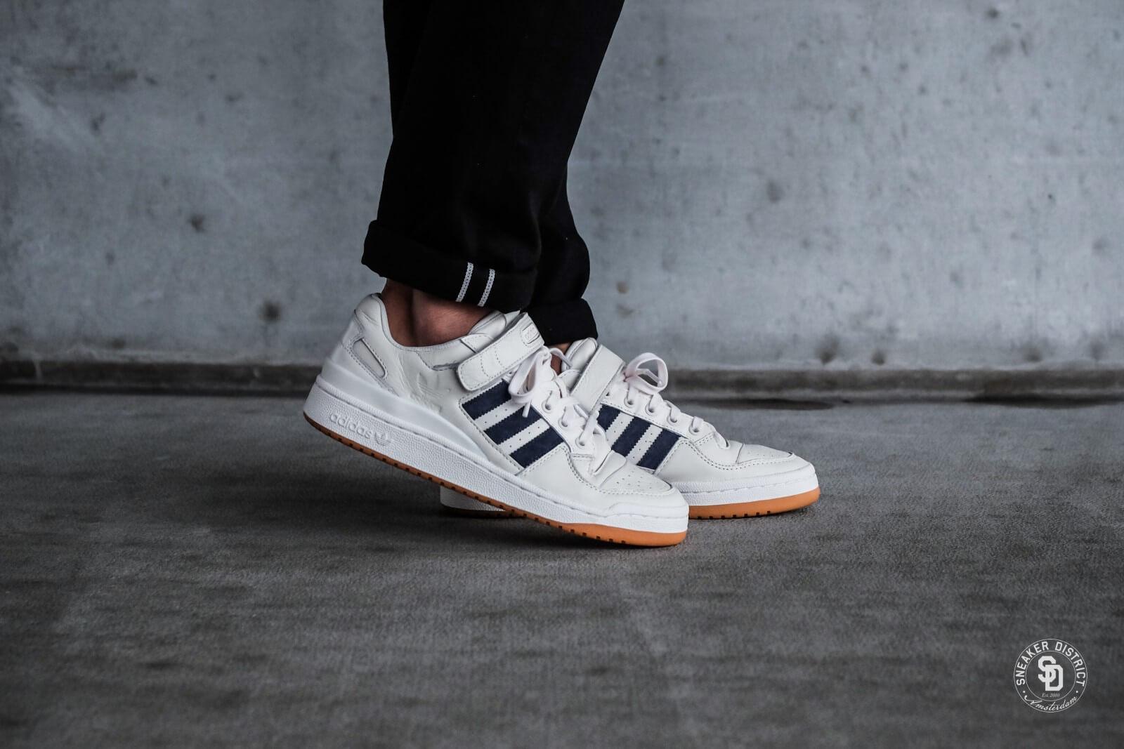 Adidas Forum Low Chalk WhiteTrace Blue Gum CQ0996