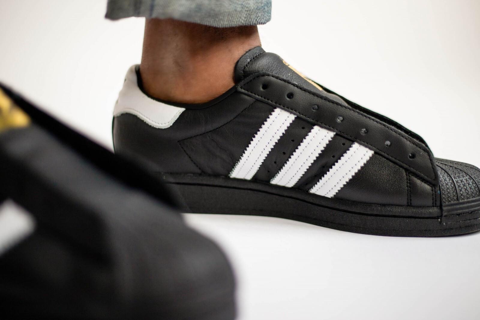 Adidas Superstar Laceless Core BlackFootwear White FV3018