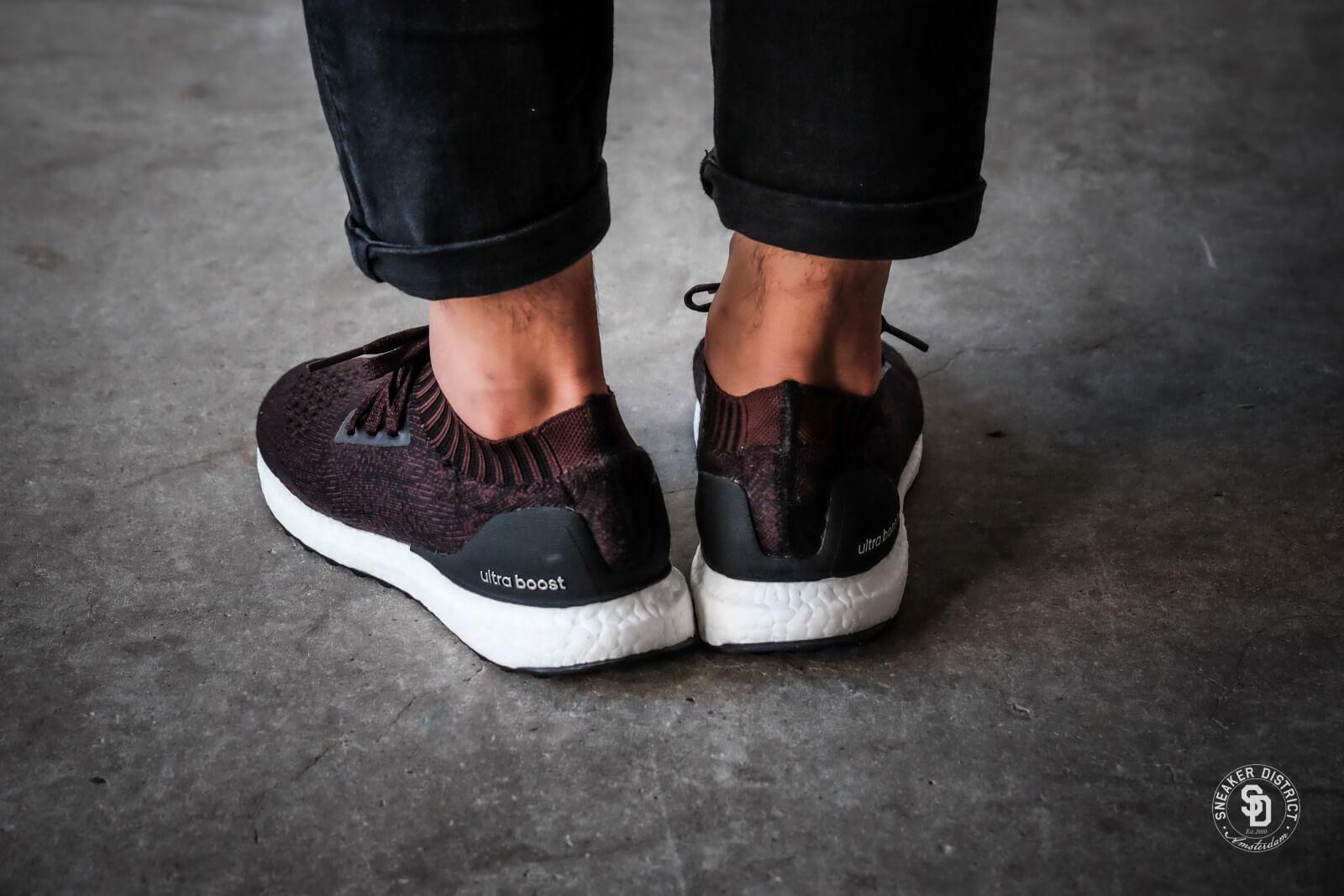 Adidas Menns Ultra Boost Uncaged Joggesko - Svart / Mørk Burgunder g3ECQBX