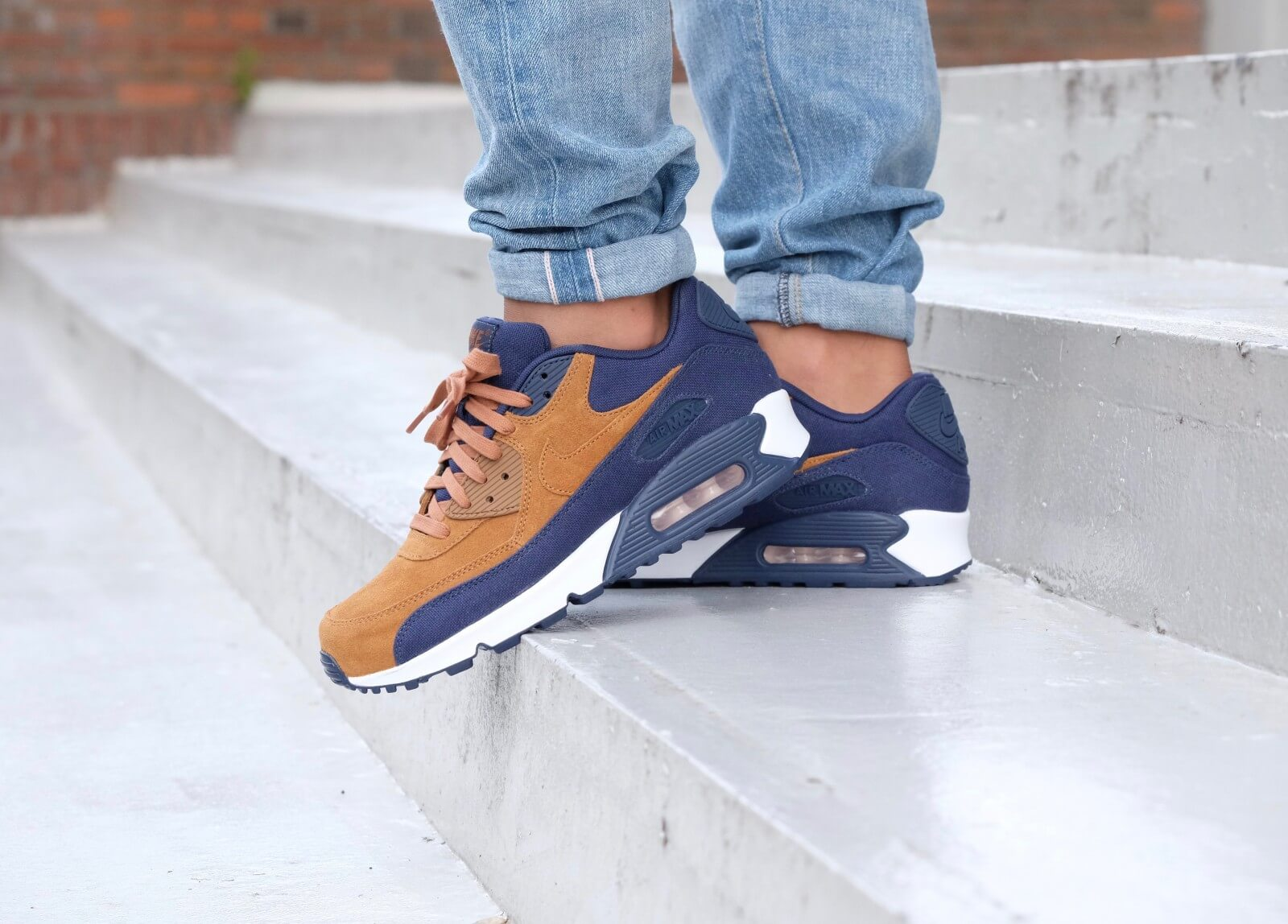 Nike Air Max 90 Premium Ale brownAle Brown Midnight Navy Sail 700155 201