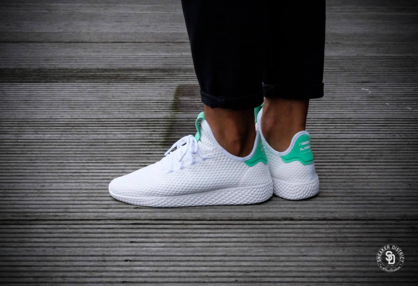Chaussures adidas originals Pharrell Williams Tennis Hu bleu