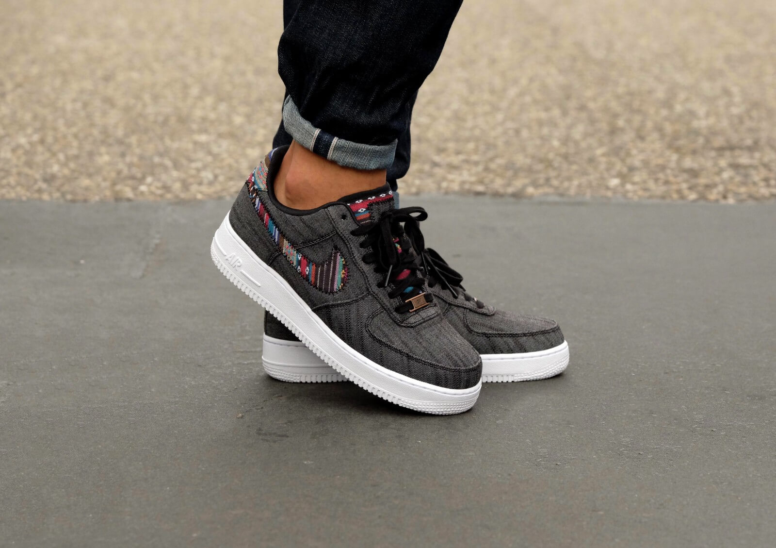 Nike Air Force 1 07 Lv8 823511 001 Blackwhite