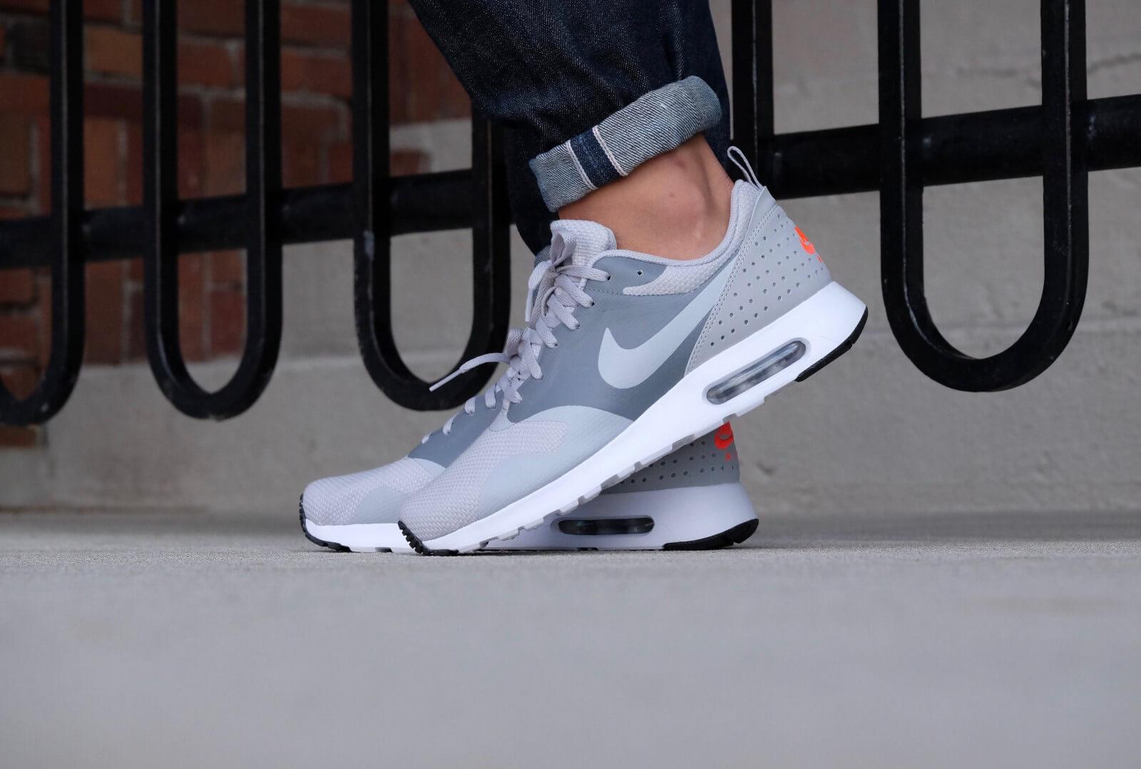 sports shoes 5ffee f88b3 ... where to buy nike air max tavas se wolf grey wolf grey cool grey c0fe4  d74b4