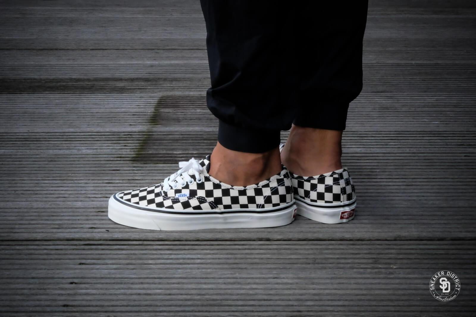 Vans Anaheim Checkerboard Authentic 44 Dx