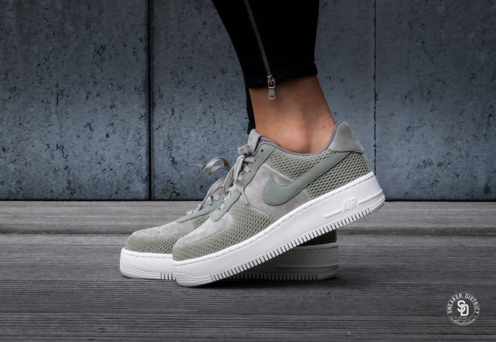 Nike WMNS Air Force 1 Upstep PRM Dark Stucco/Ivory