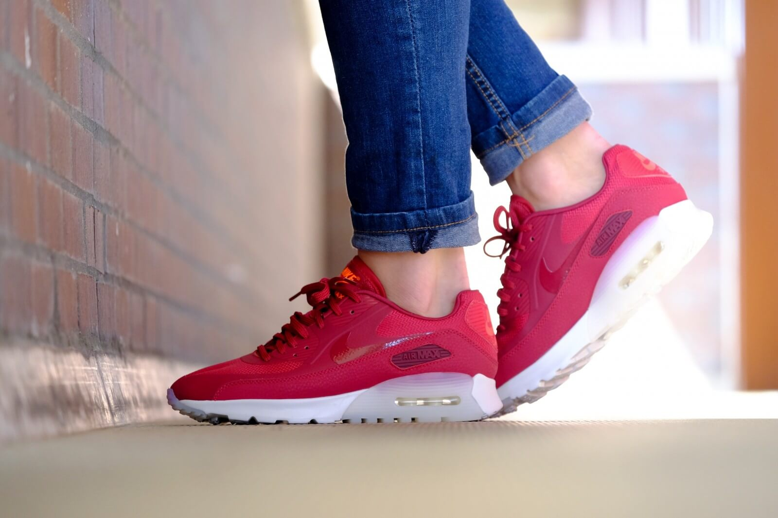 Nike WMNS Air Max 90 Ultra Noble Red Summit White 845110 600