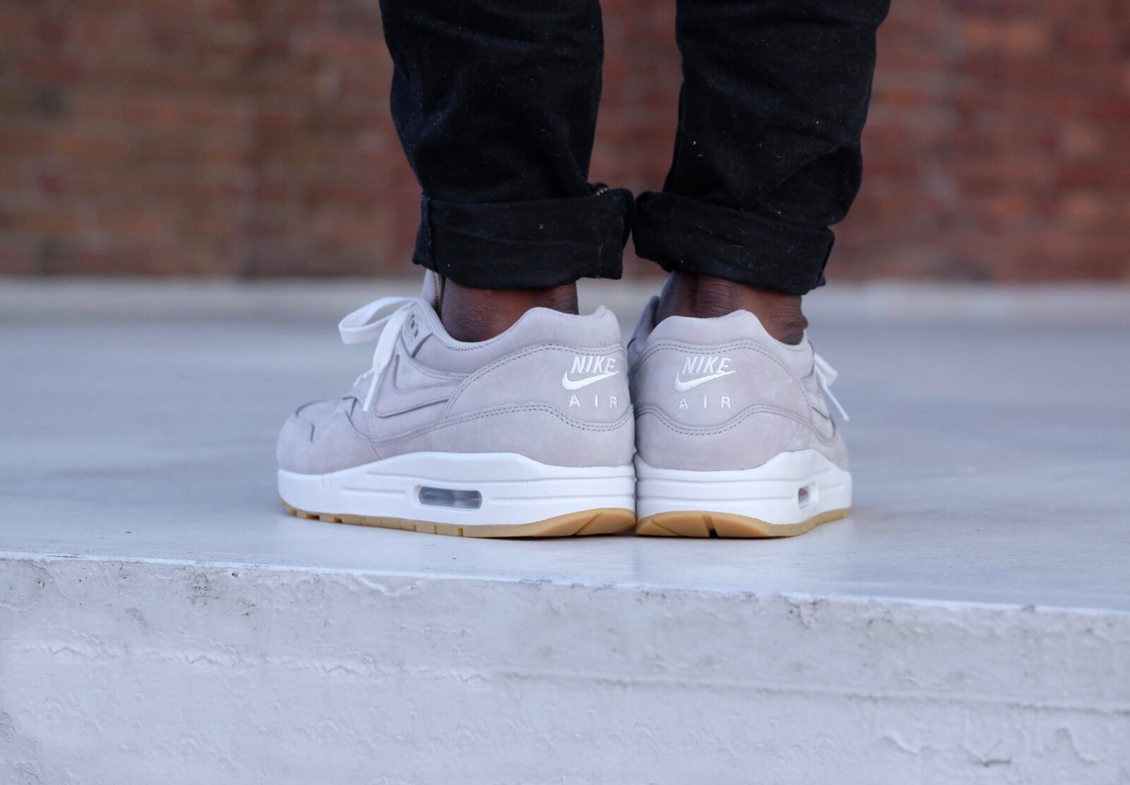 Nike Air Max 1 Ltr Prm Medium Gris 705282 005