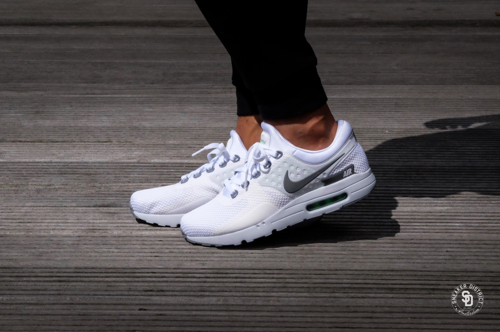 Nike Air Max Zero Essential WhiteCool Grey Pure Platinum 876070 102