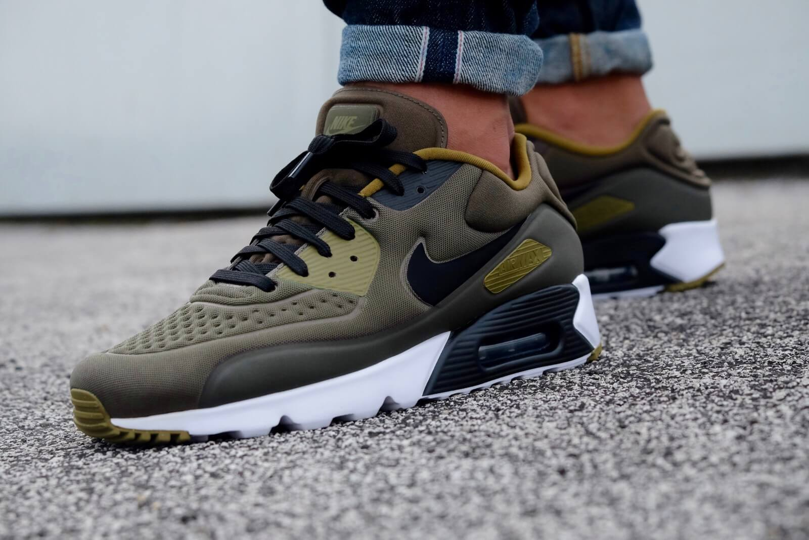 Nike Air Max 90 Ultra Special Edition Cargo Khaki Black Olive Flak White 845039 300