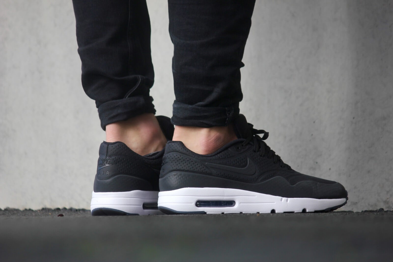 Nike Air Max 1 Ultra Moire Black black White 705297 013