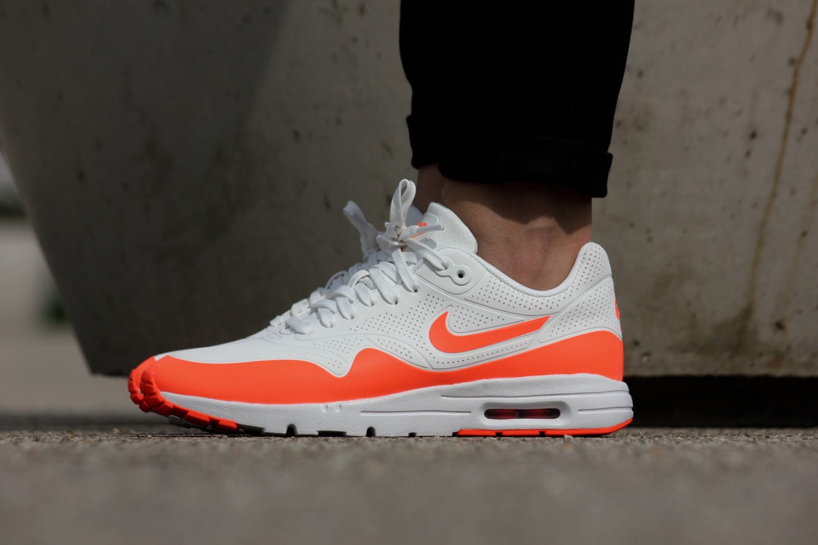 Nike WMNS Air Max 1 Ultra Moire Summit White/ Total Crimson