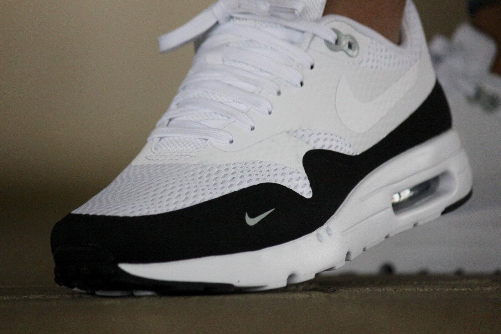 nike air max 1 essential black white