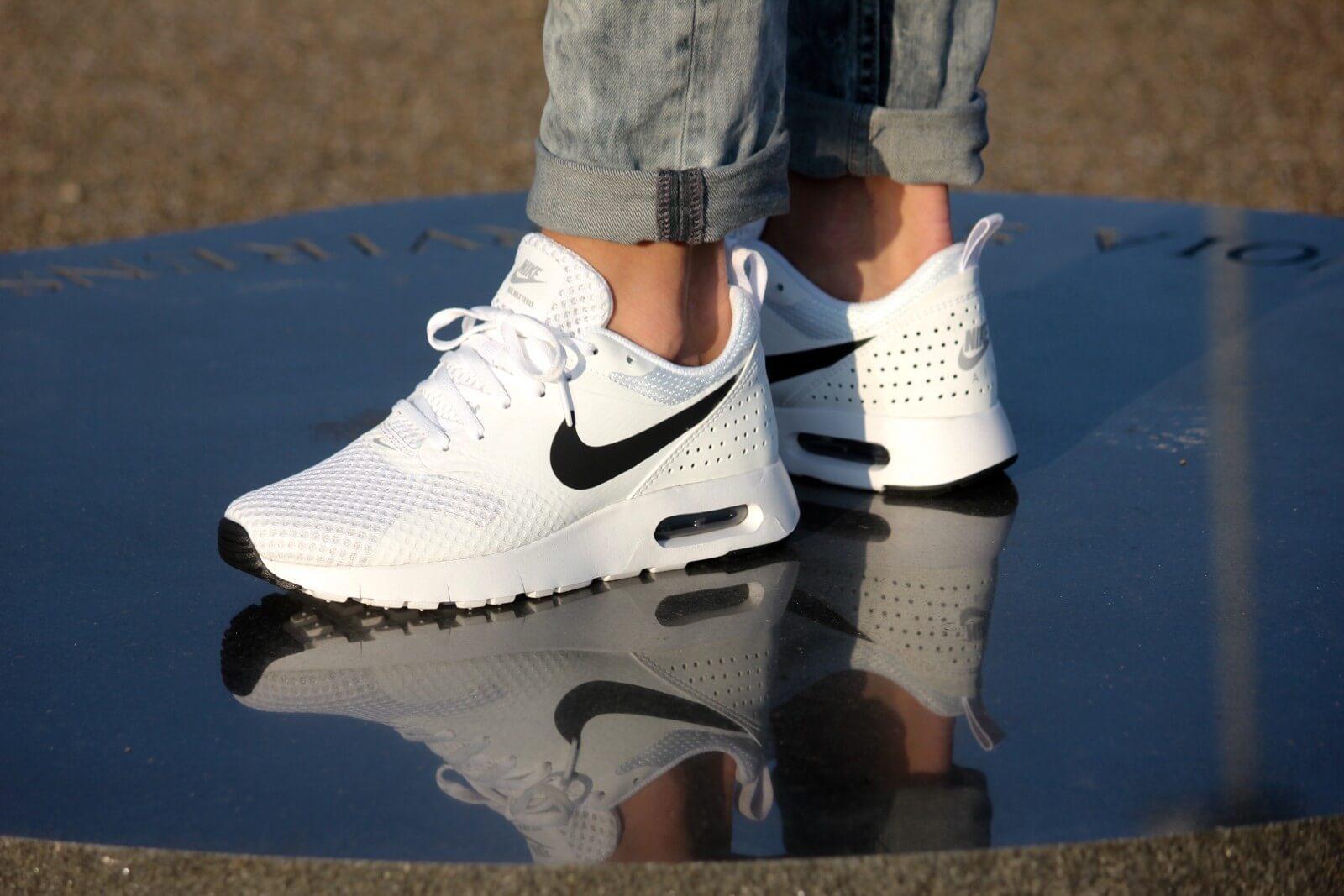 Nike Air Max Tavas BR GS White Black White 828569 101