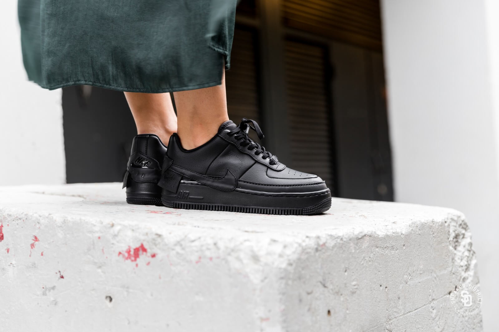 nike air force 1 jester noir