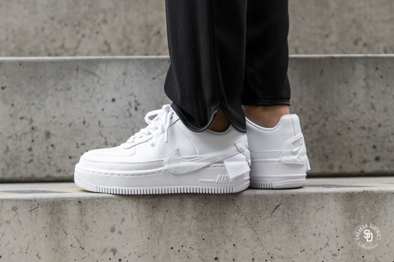 nike air force 1 jester blanc