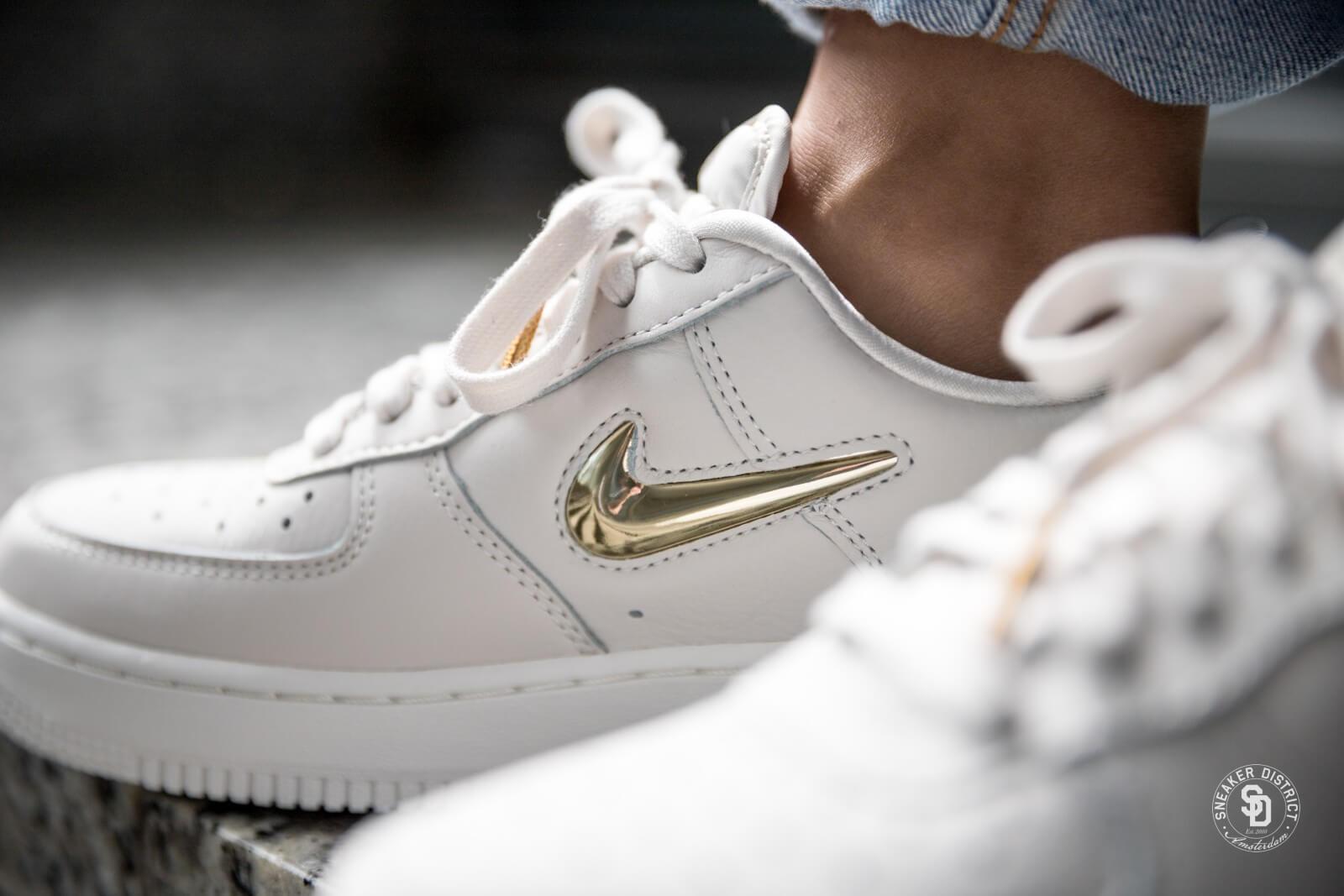 Nike Air Force 1 premium LX women Gris blanc or AO3814 001