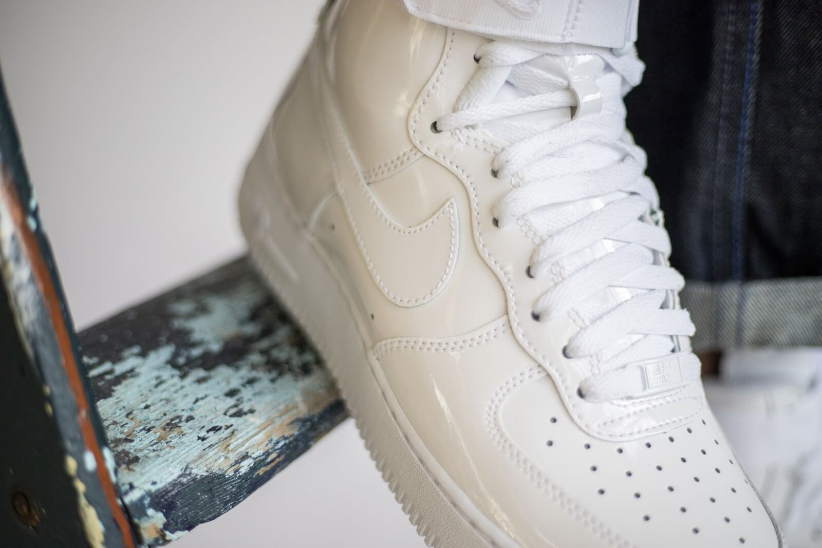 Nike Air Force 1 High Retro QS White 743546 107