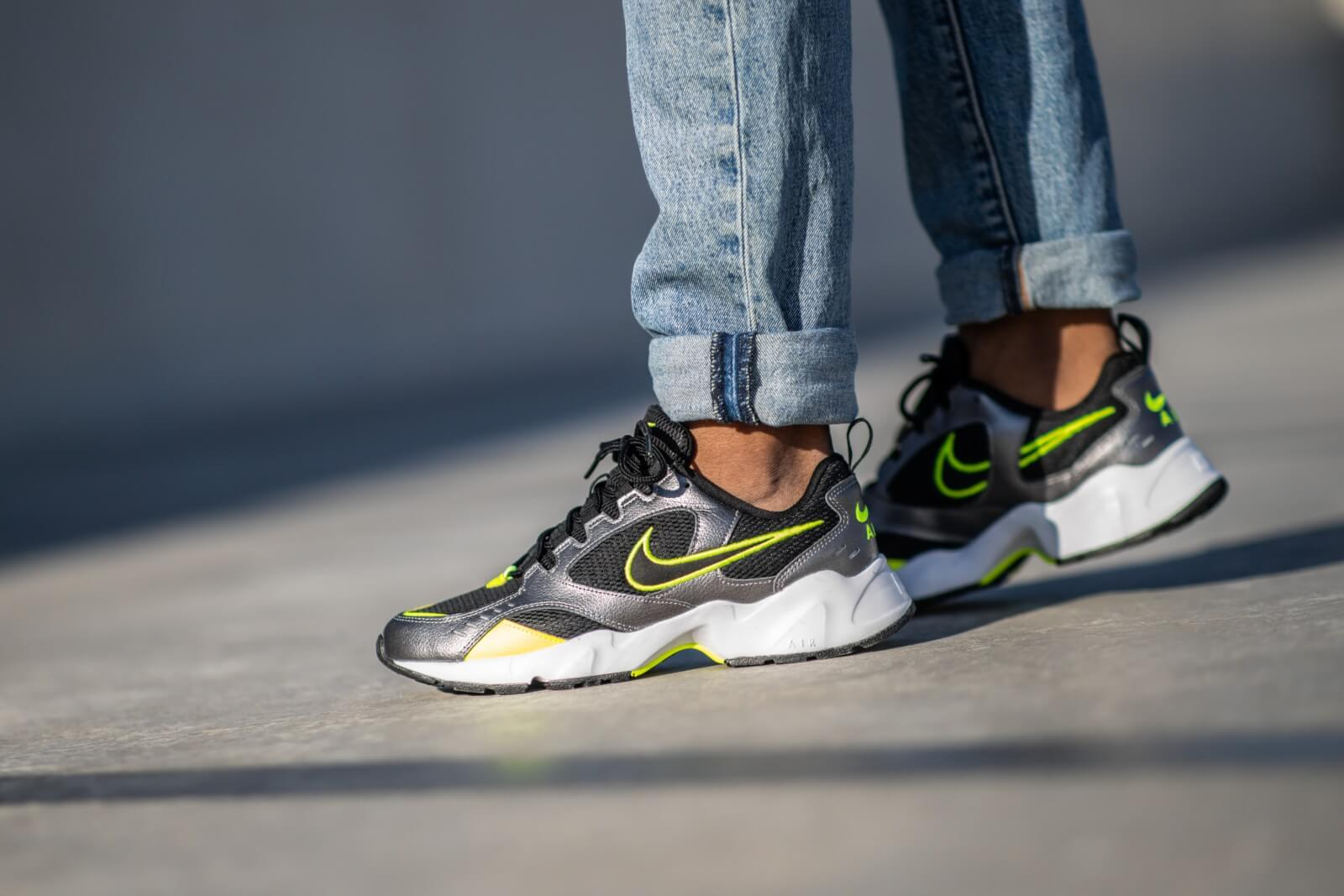 chaussure nike air heights