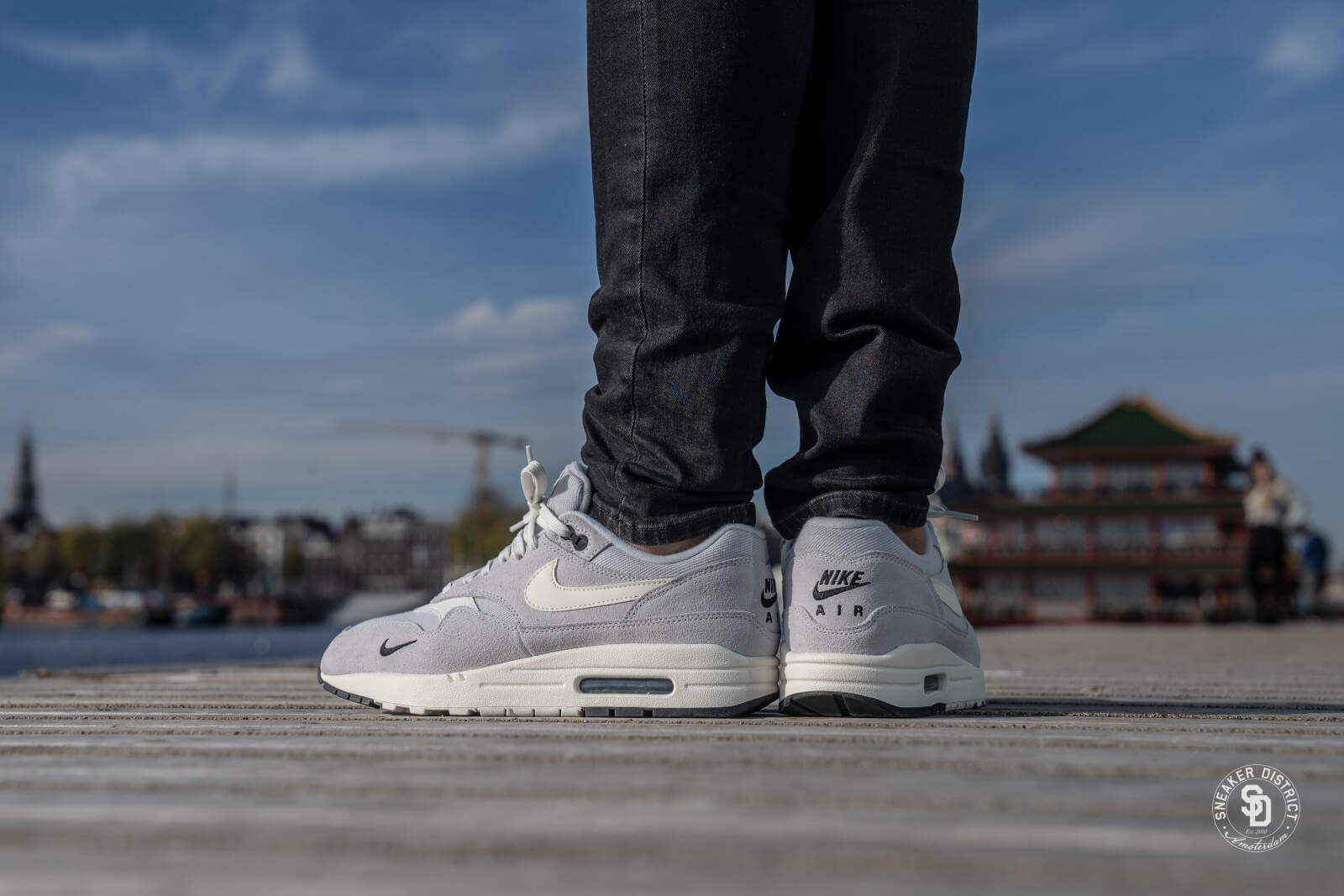 Nike Air Max 1 Premium Pure PlatinumSail Black 875844 006