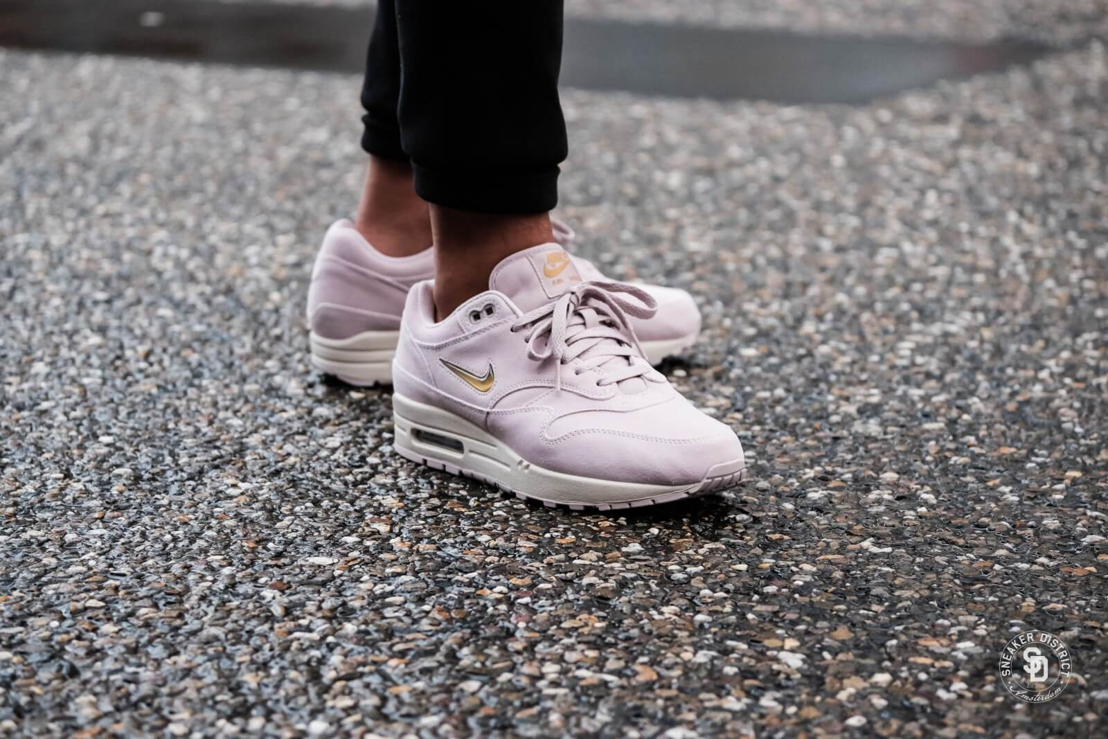 finest selection 54603 3bca5 purchase nike air max 1 rose gold 325a1 19974