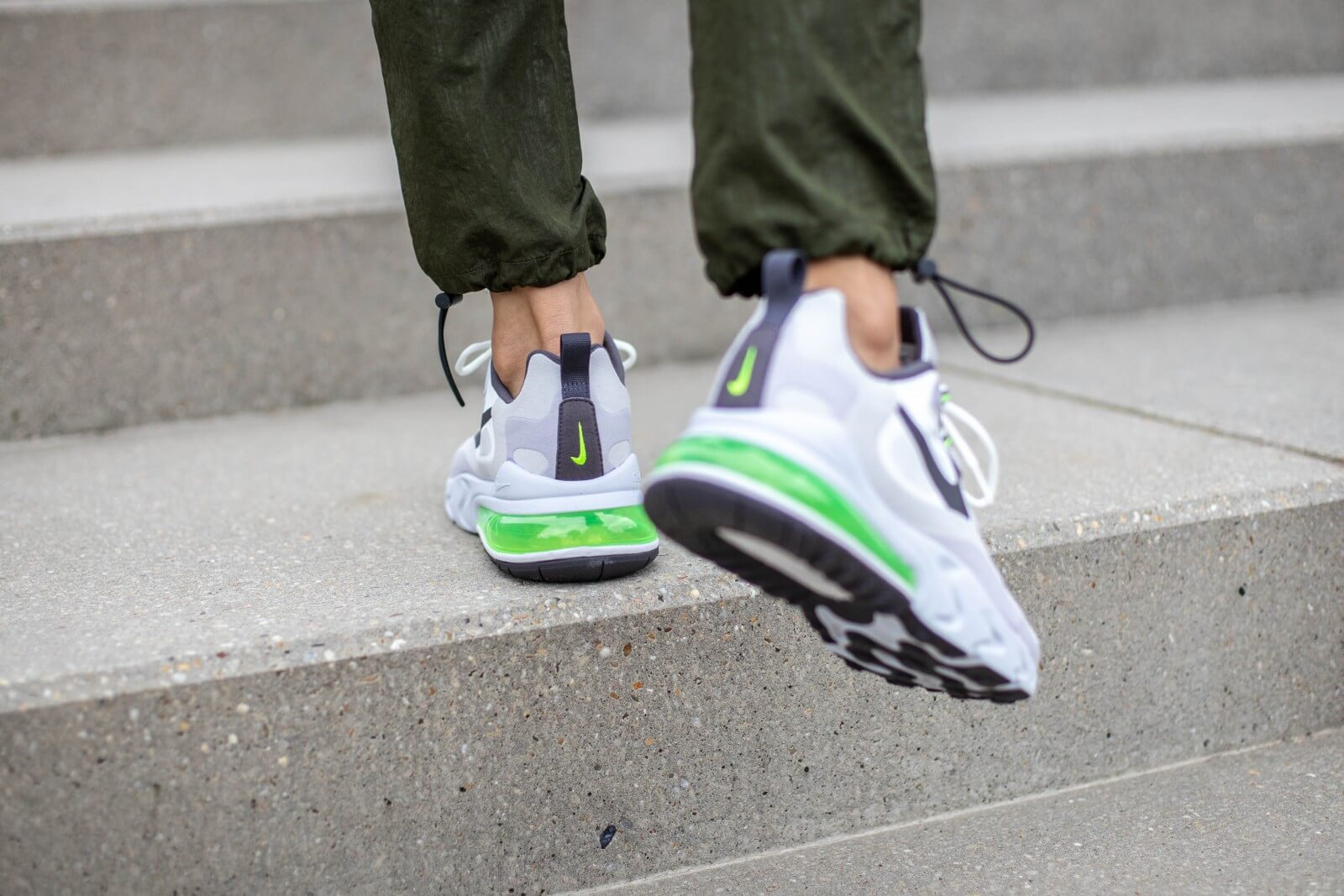 Nike Air Max 270 React Summit WhiteElectric Green CI3866 100