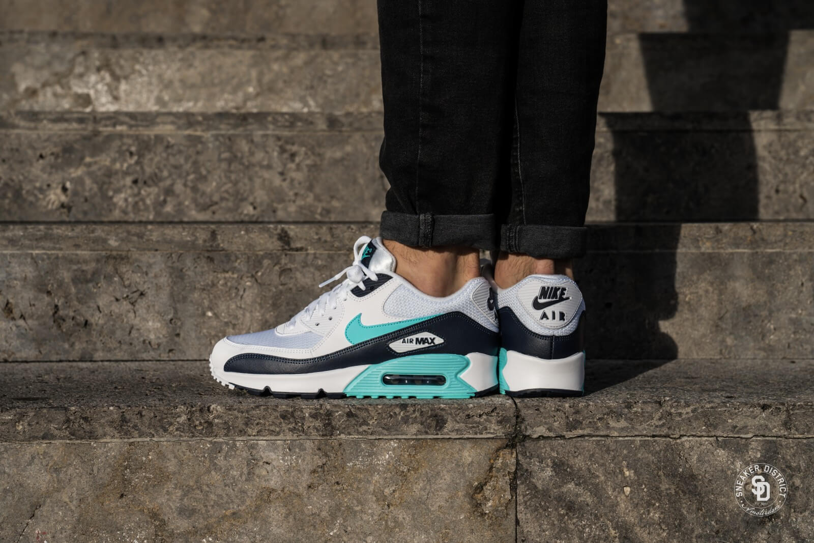 Nike Air Max 90 Essential WhiteAurora Green Obsidian AJ1285 102
