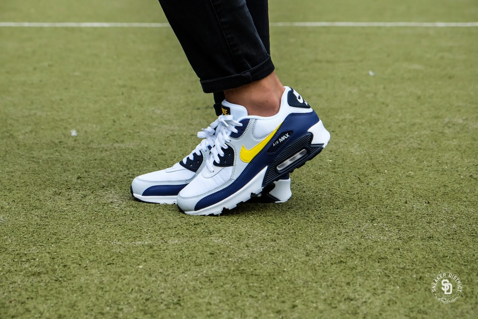 size 40 146c2 aad25 low cost nike air max 90 white yellow 7499c d8830