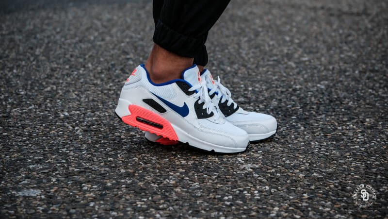 low priced 880c9 1c6a3 Nike Air Max 90 Essential White Ultramarine-Solar Red - 537384-136 nike