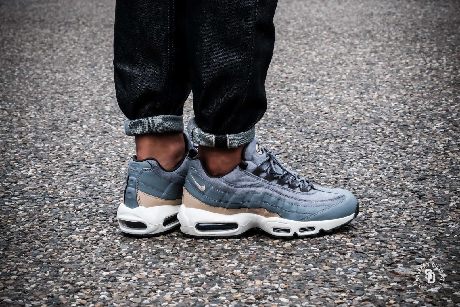 air max 95 with jeans