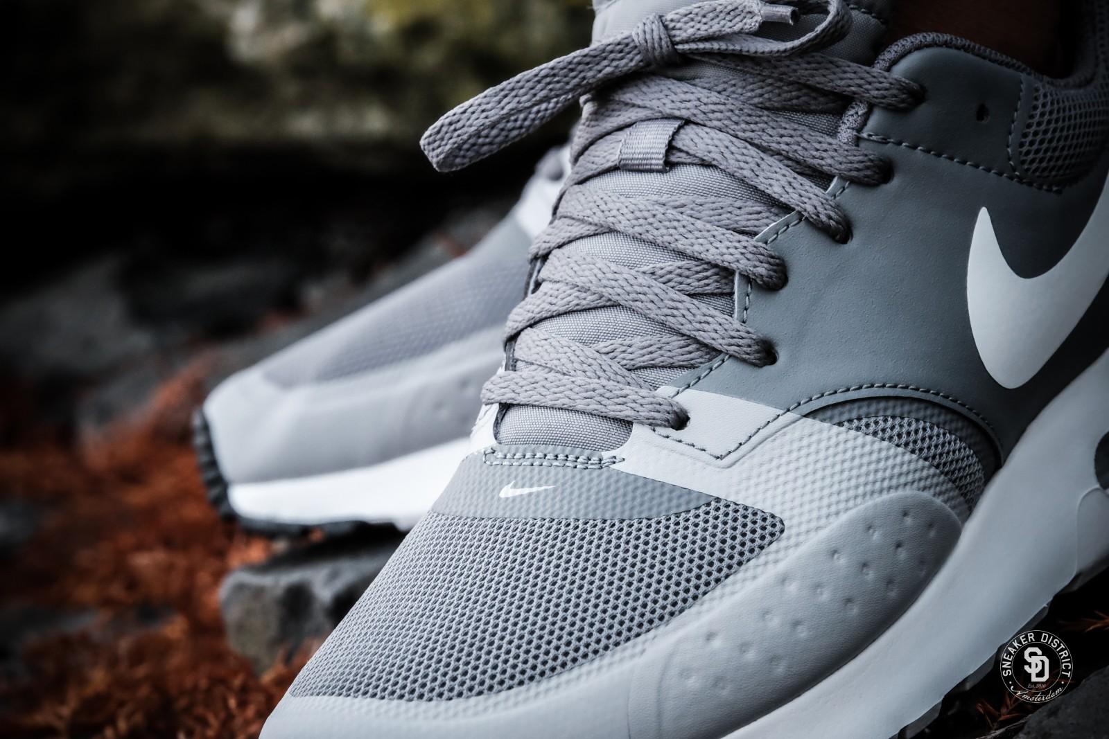 Nike Air Max Vision Cool GreyWhite sneakers bestellen bij Sneaker District | Gratis verzendkosten
