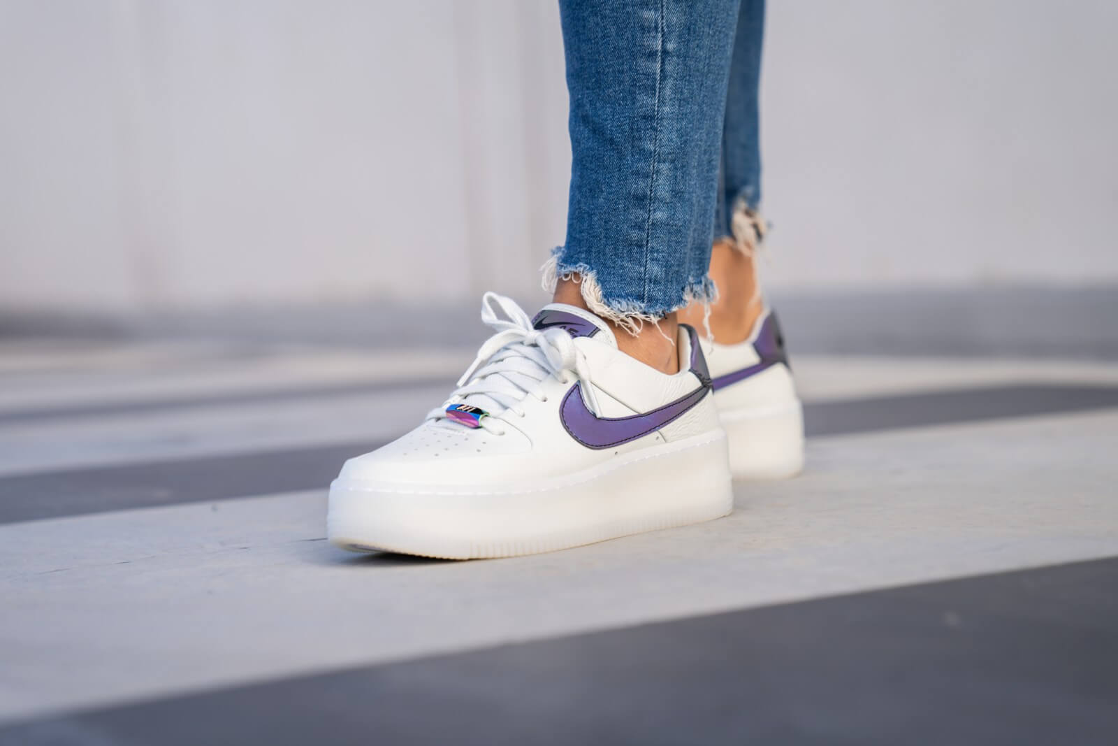 nike air force 1 sage low blanc