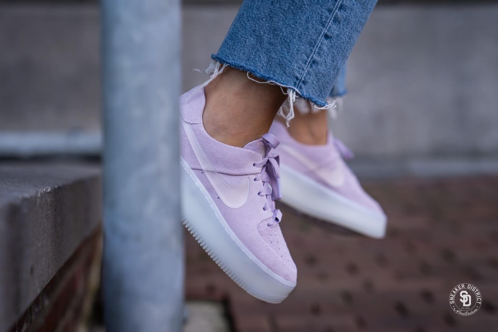 Nike Women's Air Force 1 Sage Low LX Violet Mist/Violet Mist