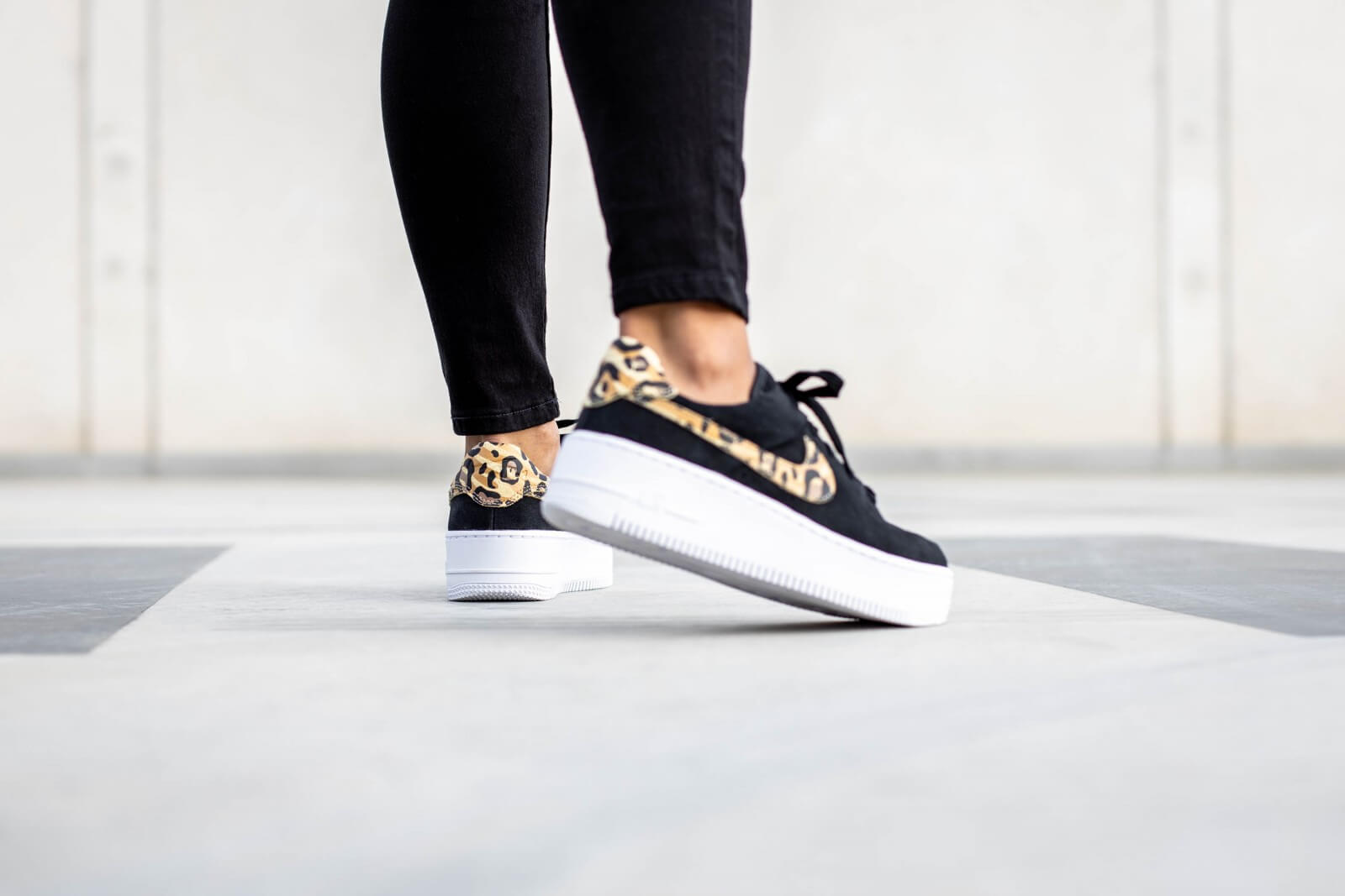 nike air force 1 sage low noir femme