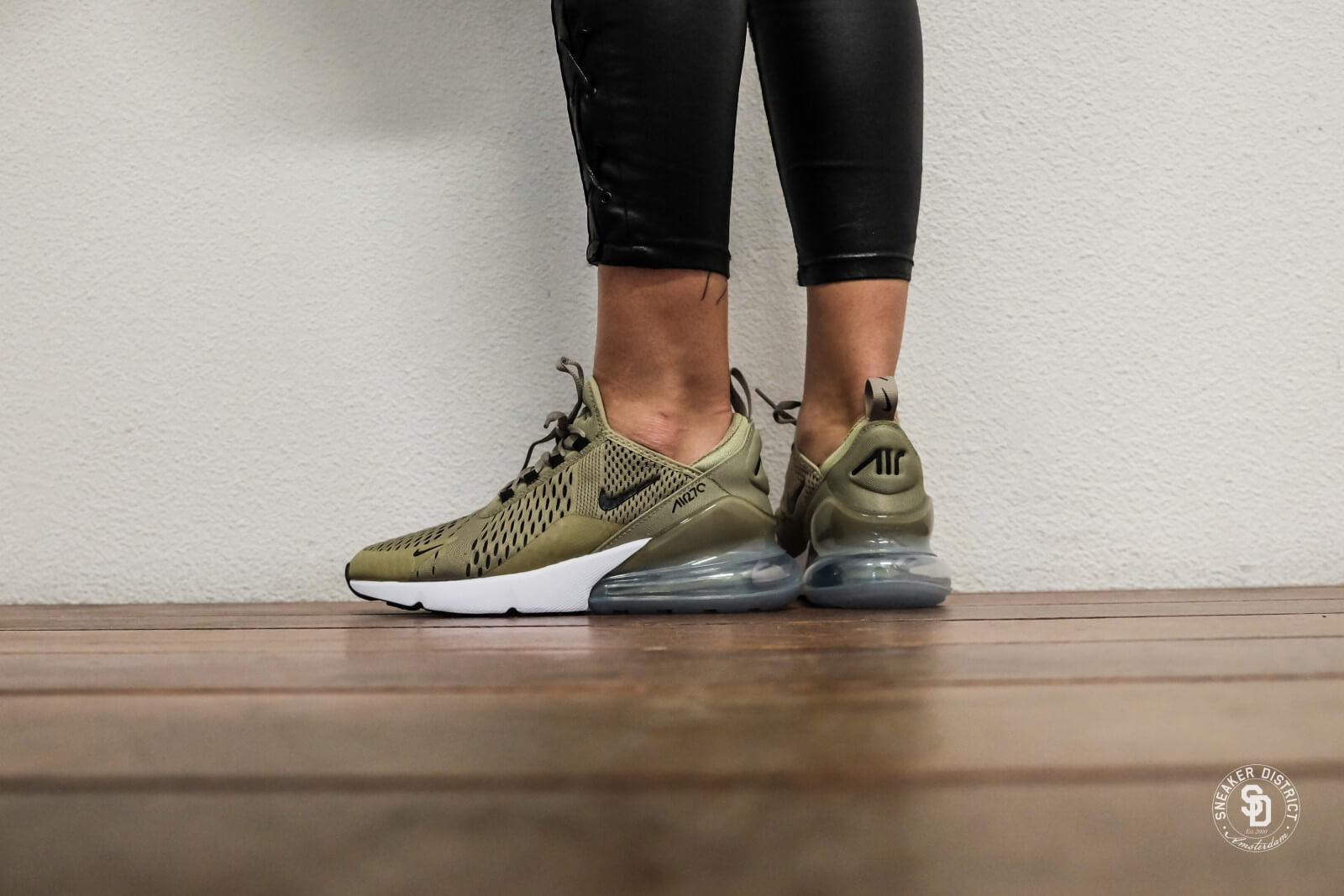Nike Women's Air Max 270 Neutral Olive/Black-Barely Volt