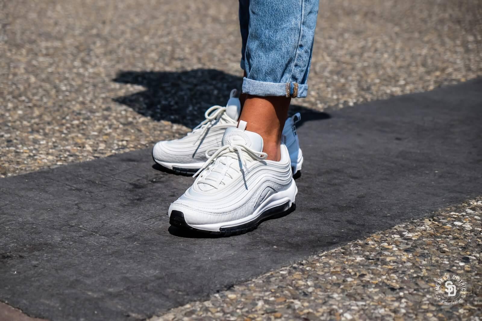 designer fashion 2e78f 4c9ac AQ8760 Femme s Max Summit 97 Nike Lea Air 100 BlancNoir 6ZqTZx7w