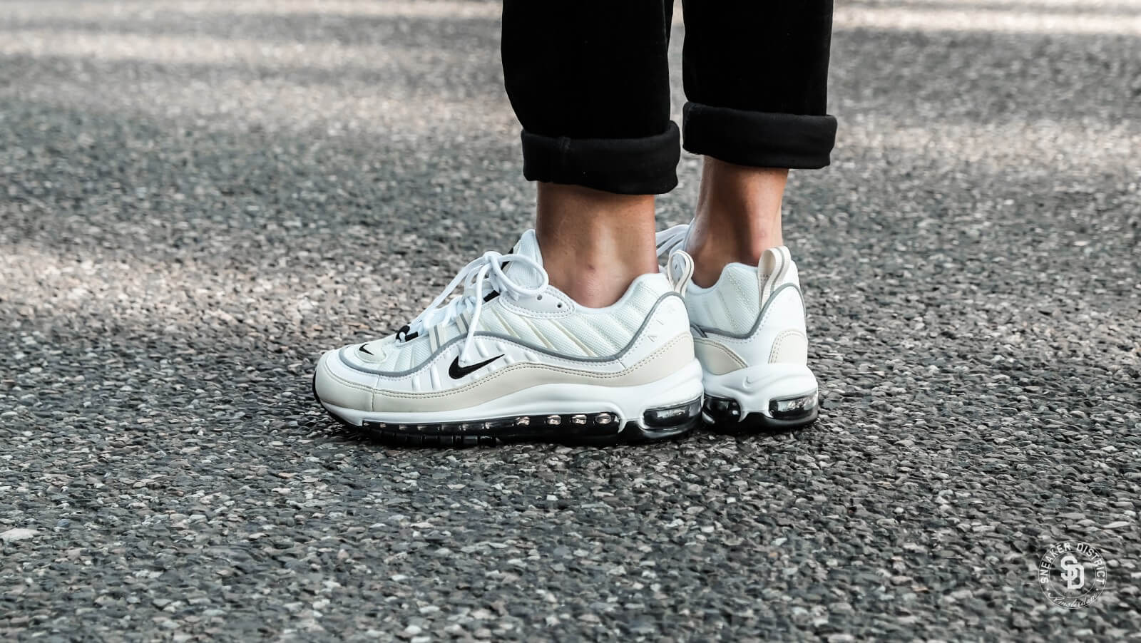 "Latest Nike Air Max 98 ""Fossil"" WhiteBlack Fossil Reflect"