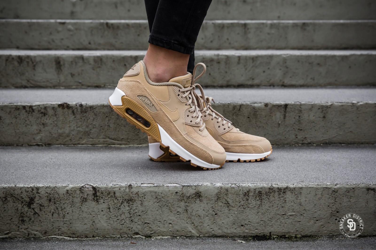 Nike Women's Air Max 90 SE Mushroom/Gum-White | Gratis en