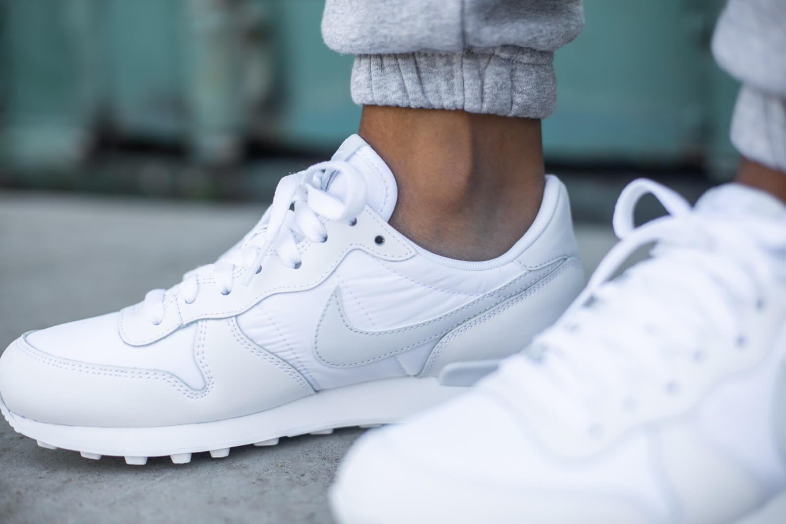 nike internationalist blanc
