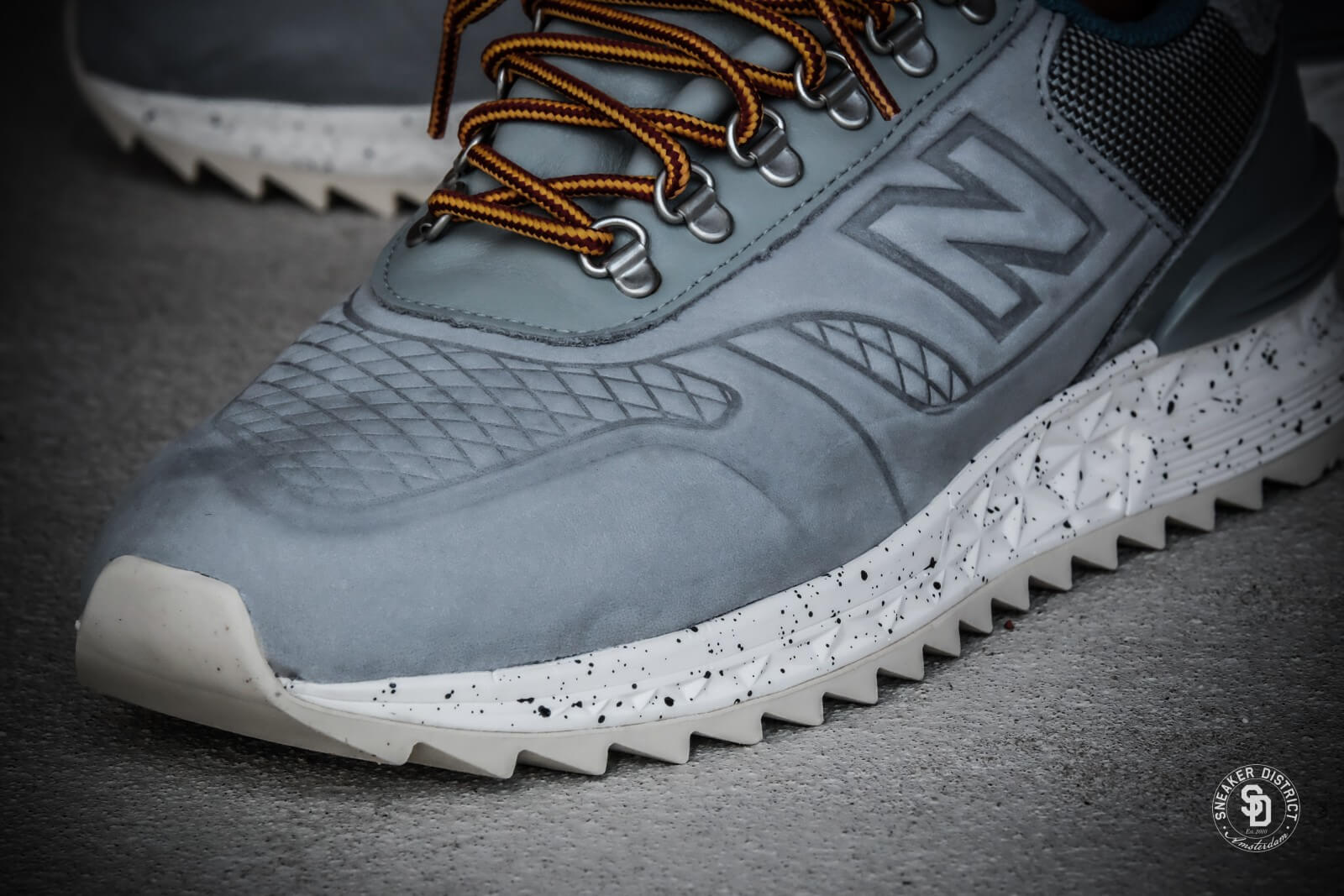 3cfcb310ef5a3 new balance trail buster,new balance crt300 black and white