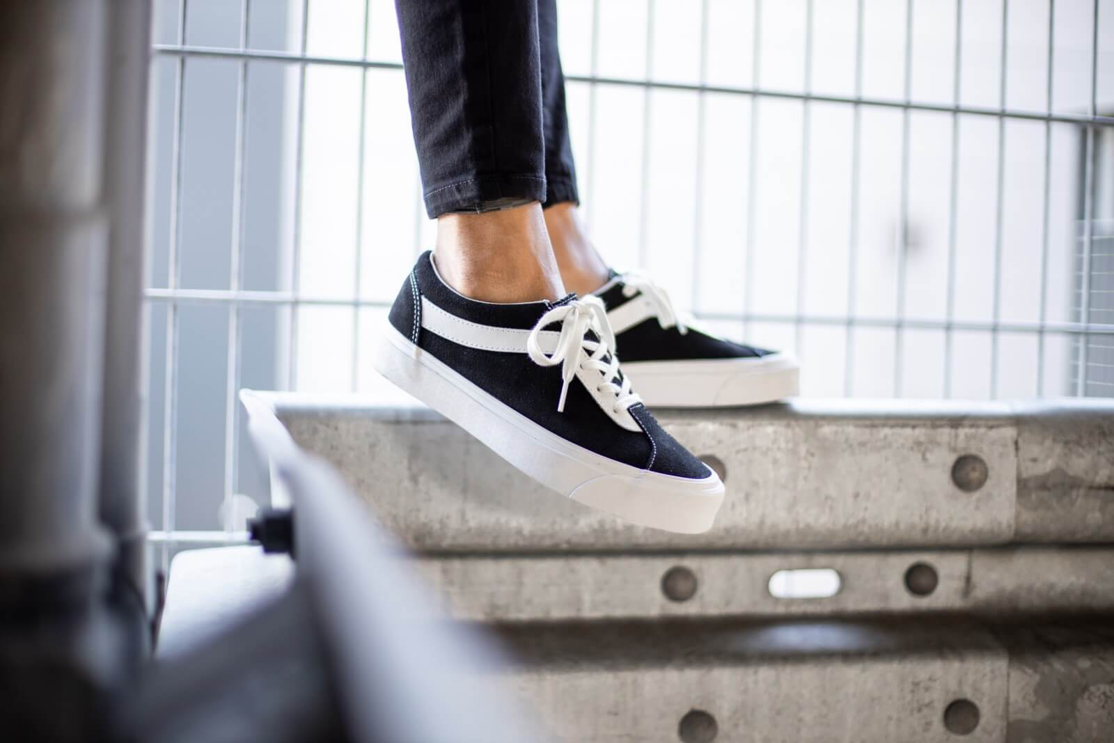 Vans Bold NI Staple BlackTrue White VN0A3WLPOS71