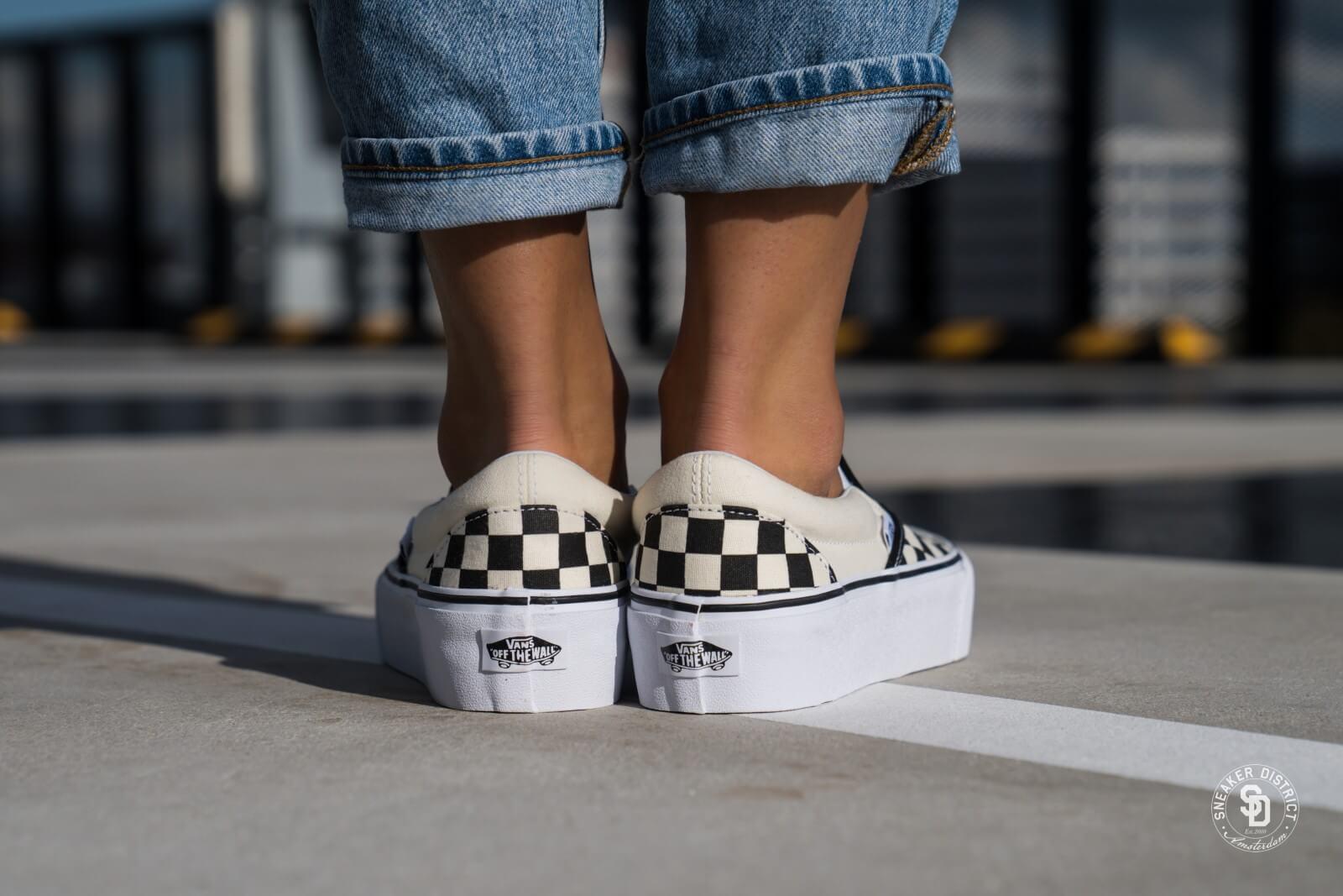 On Slip Vn00018ebww1 Platform Vans Checkerboard Blackwhite Classic qSBgO7P
