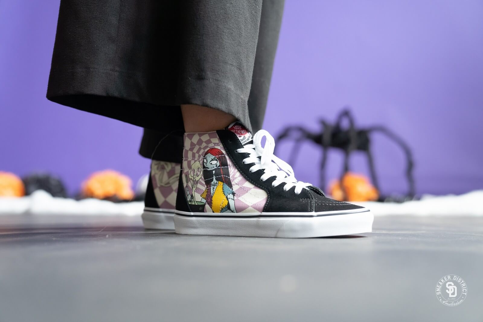 Vans x The Nightmare Before Christmas Sk8 Hi Sally VN0A4BV6TRO1