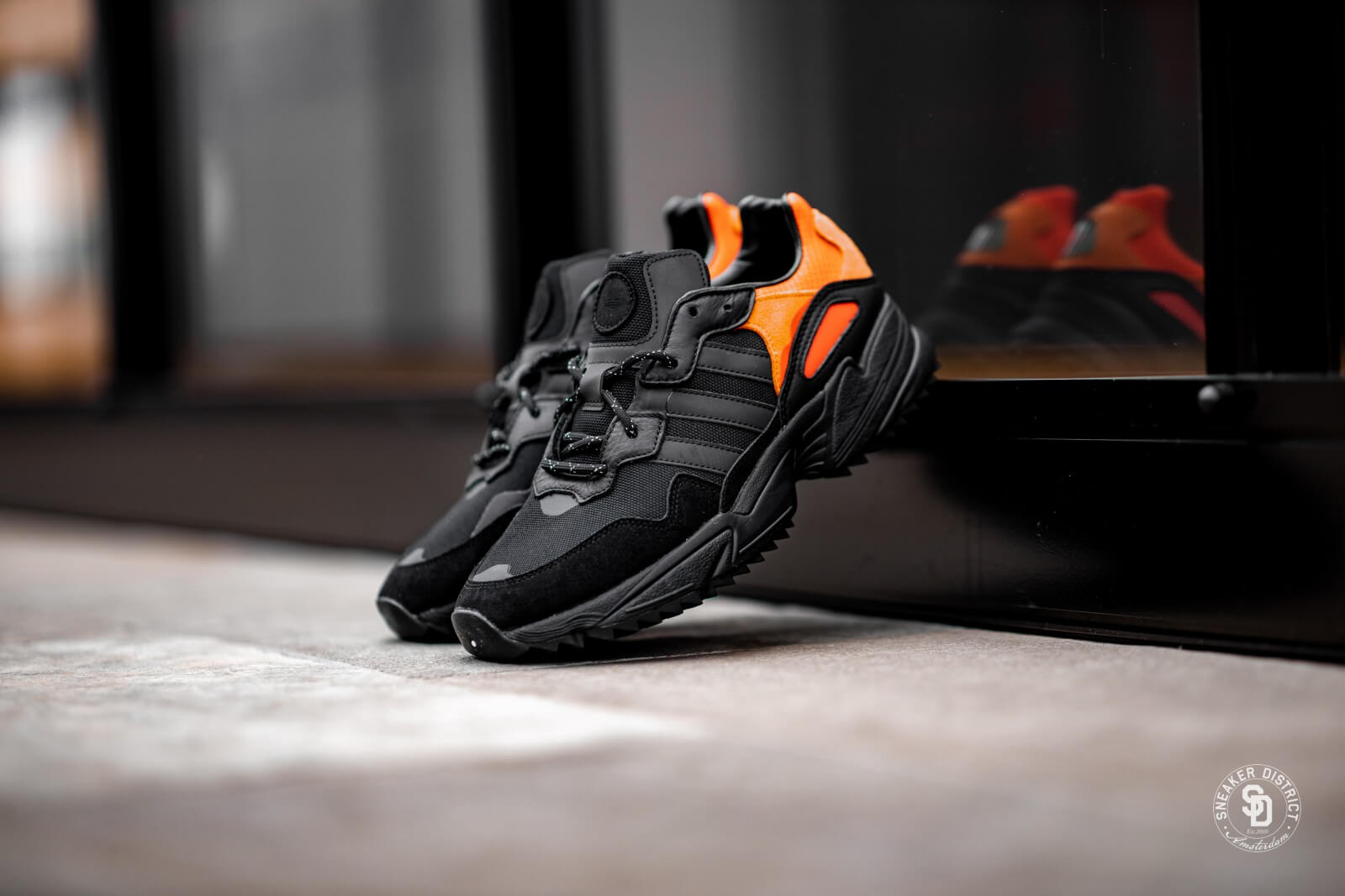 Adidas Yung 96 Trail Core BlackFlash Orange EE5592
