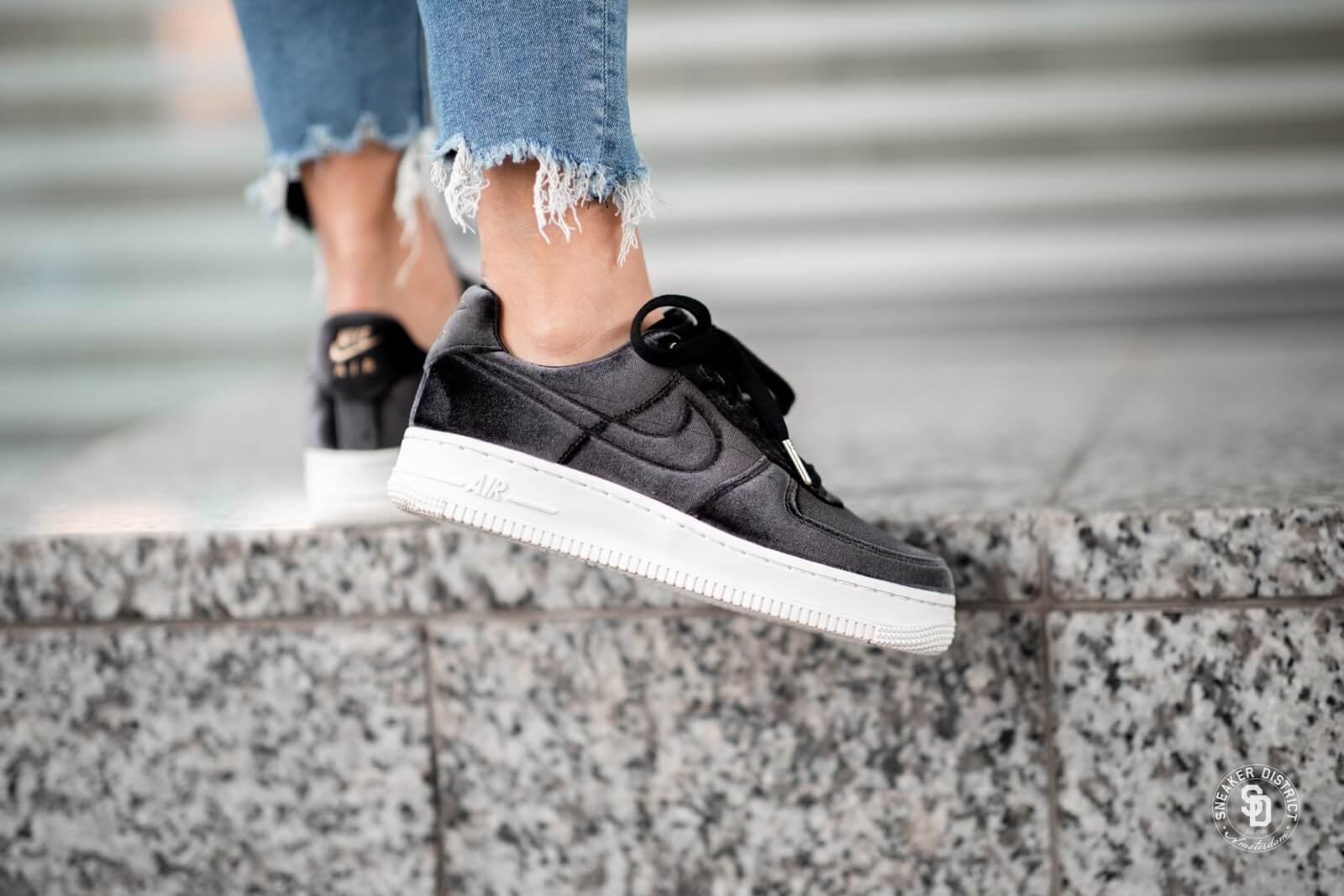 Nike air force 1 velvet   Chaussure